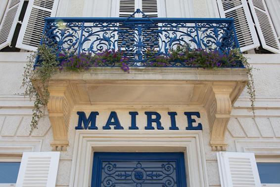Avocat droit des collectivités territoriales Paris 9